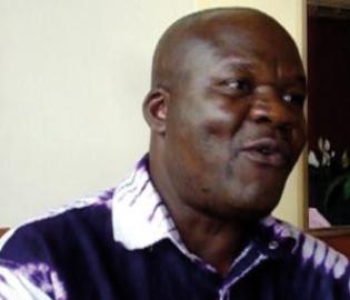 L'ex-Député baroudeur élu de Miabi, a débouché dimanche matin à Paris.