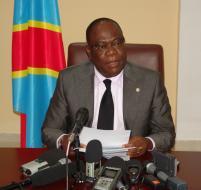 Le Prof. Kin-kiey Mulumba, ministre des PT& NTIC. LE SOFT NUMERIQUE.
